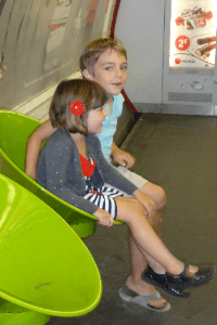 using the paris metro with babies, toddlers and kids