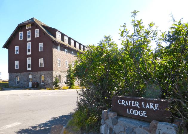 Crater Lake Lodge Exterior