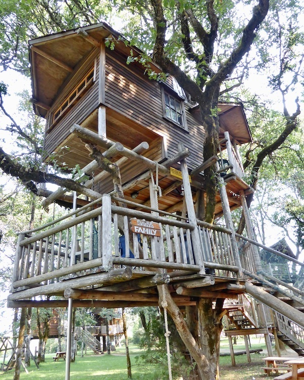 Treehouse Hotel in Oregon