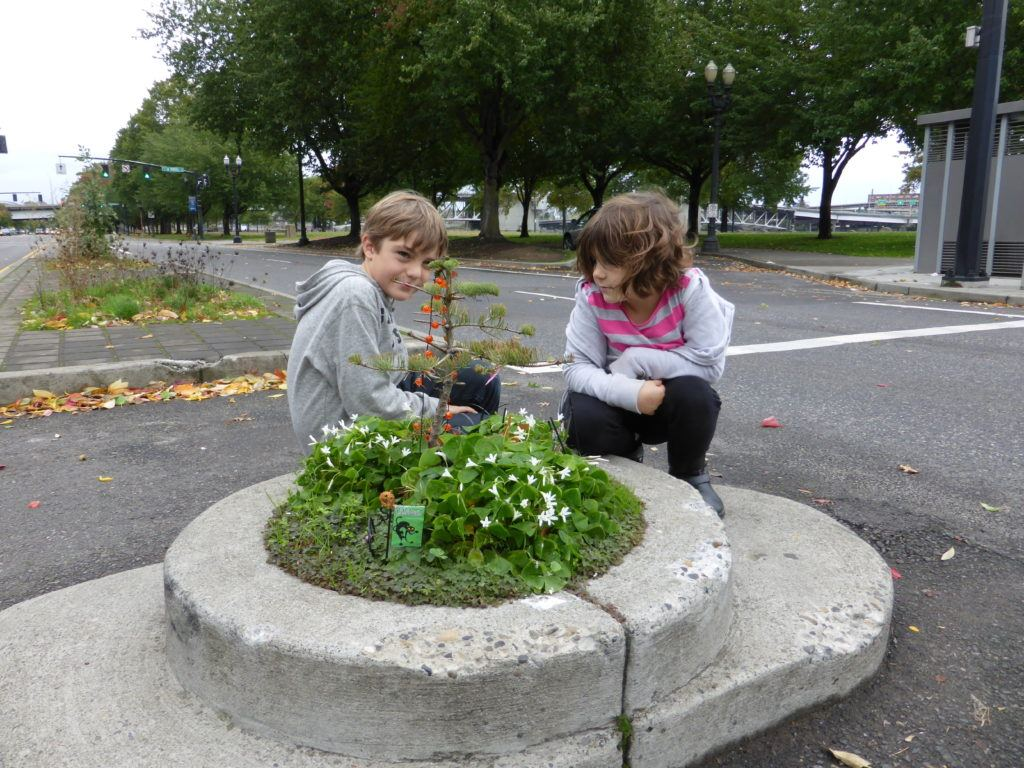 Portland with Toddler – Mill Ends Park