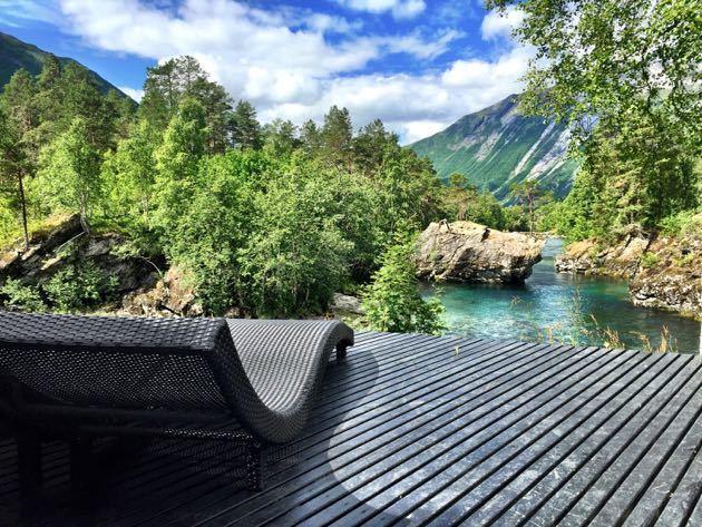 the juvet landscape hotel norway pint size pilot family travel blog. Black Bedroom Furniture Sets. Home Design Ideas