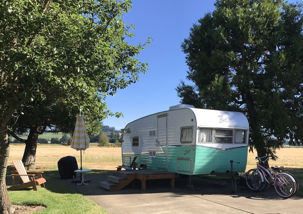 Oregon Glamping - The Vintages