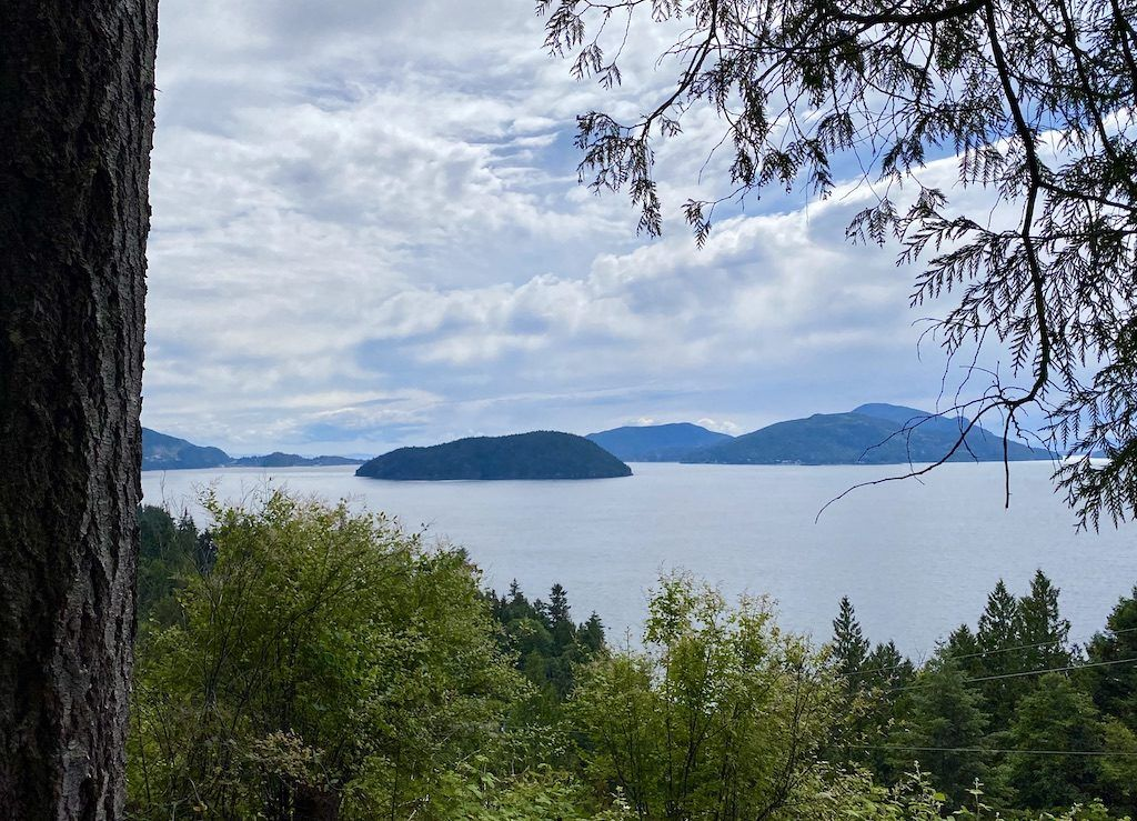 Lions Bay Loop – Easy Hikes Vancouver