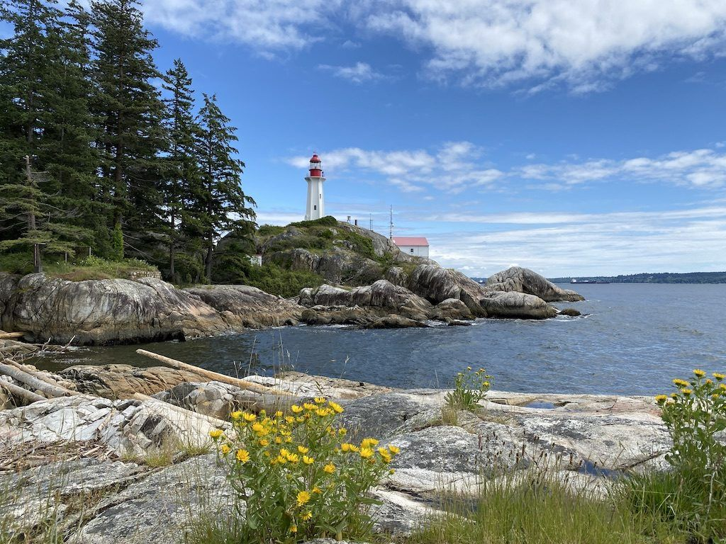 Hikes Near Vancouver – Lighthouse Park
