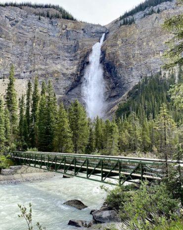 BC Kootenays Road Trip – The Rockies to Wine Country