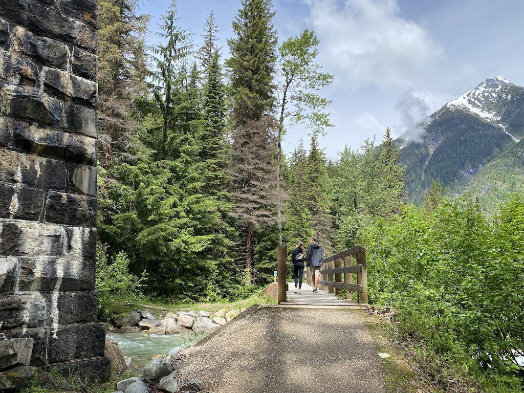 Loop Brook Trail – Hikes in Glacier National Park