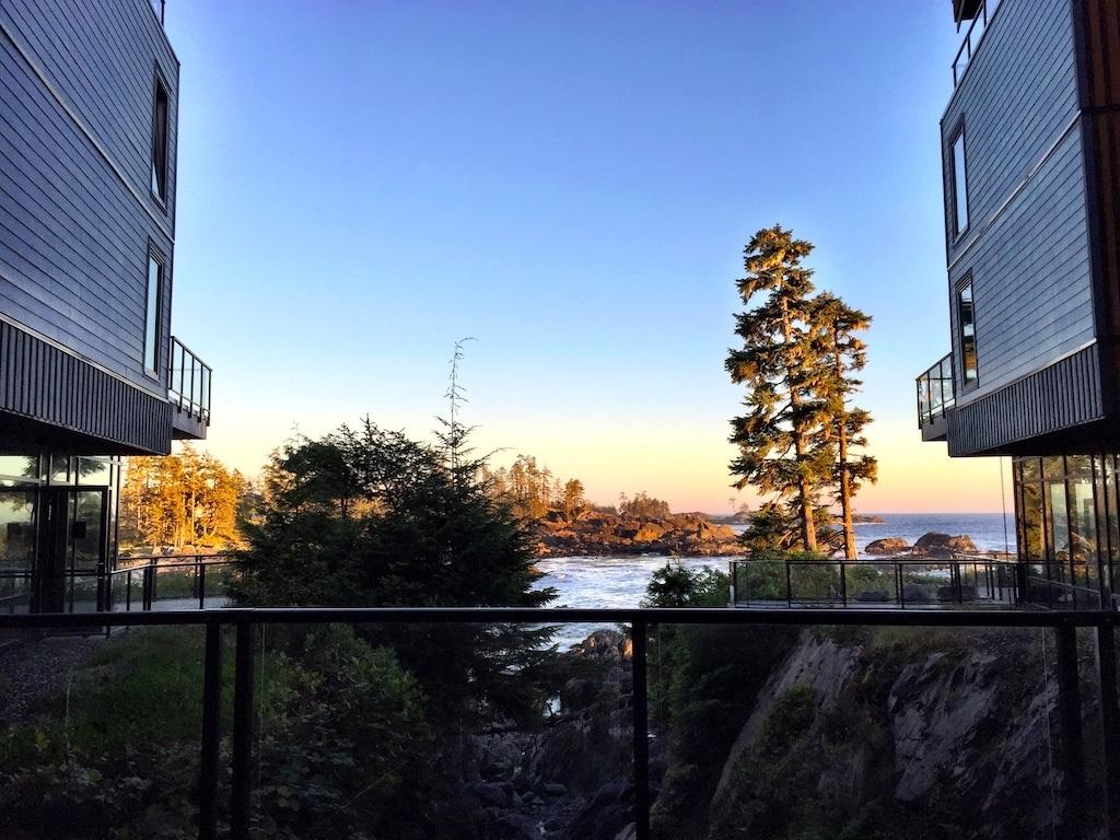 Accommodations in Ucluelet – Black Rock Oceanfront Resort