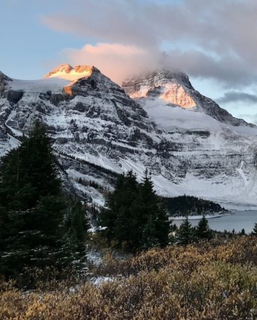 Mount Assiniboine Lodge Hike