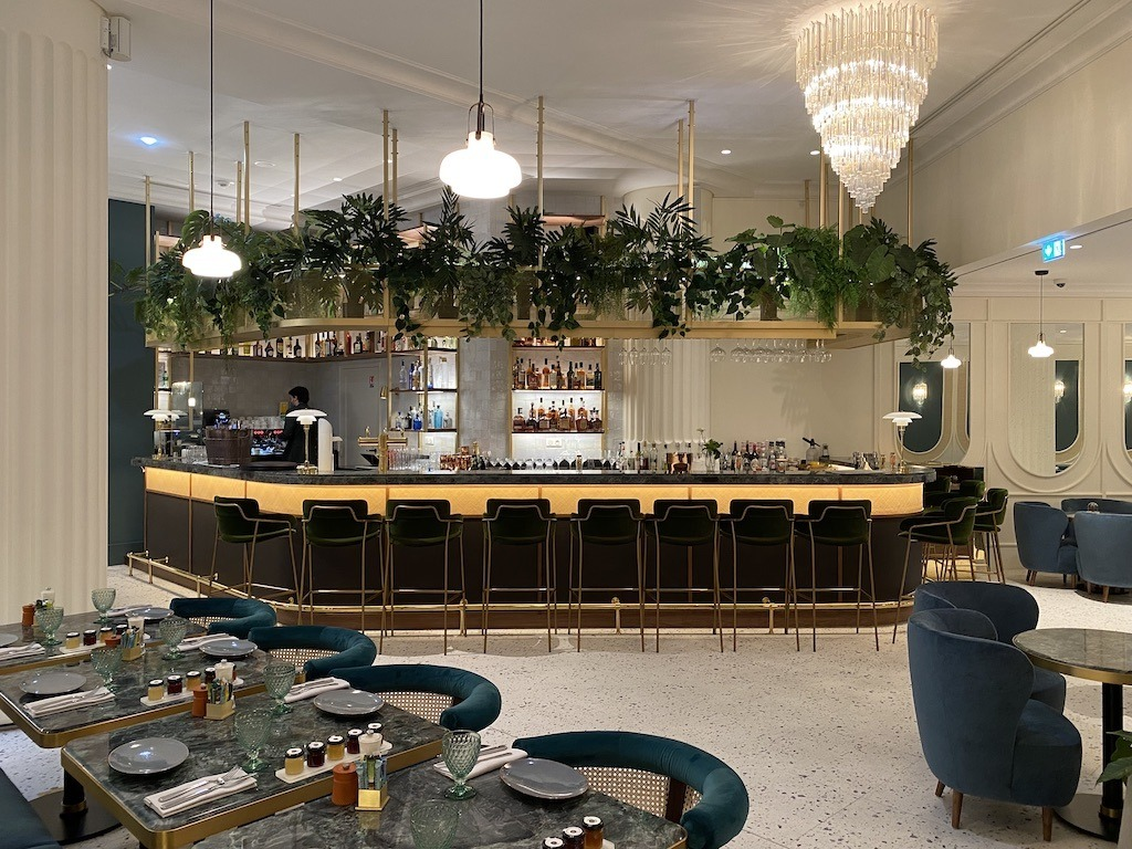 Kimpton St. Honore Lobby Bar